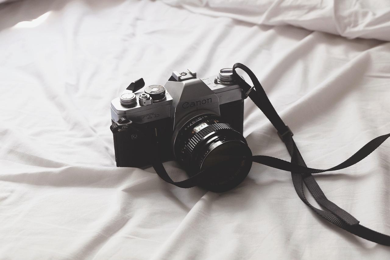 camera-1209256_1280