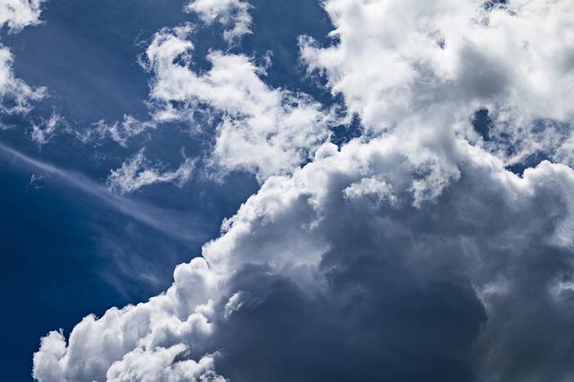 Předpověď kvality ovzduší a její reálné hodnoty pro (téměř) celý svět