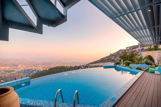 výhled od bazénu