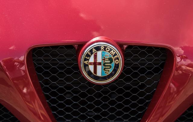 Alfa Romeo získala rezervního jezdce a nového sponzora