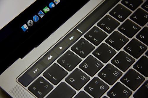 klávesnic
